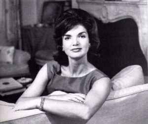 Jackie-Kennedy-Bouffant-Hairstyle1