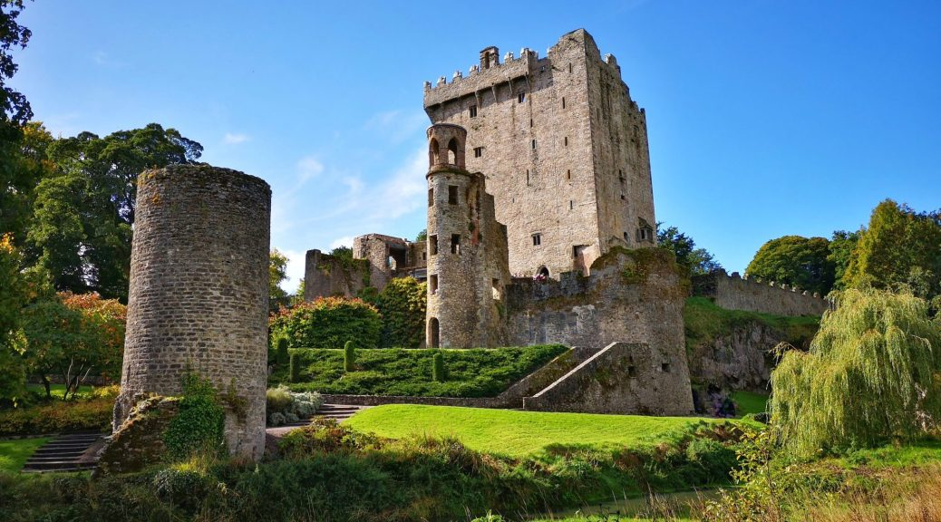 Blarney-Castle-and-Tower-from-the-Riverside